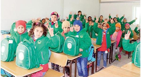 حملة موسعة لتوفير الأدوات القرطاسية للطلاب السورين -اخبار سعودية