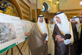 سمو الأمير خالد الفيصل يطلع علي مشروع مترو مكة – أخبار السعودية
