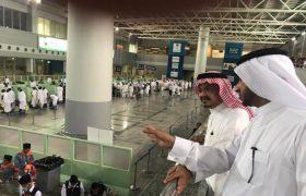 فى جولة ميدانية يتفقد وزير الحج والعمرة صالة الحجاج ويلتقي ضيوف الرحمن – اخبار السعودية